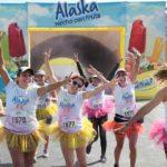 Carrera Alaska 5K cerró el verano llenando de color a más de 2,500 runners