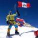 Víctor Rímac flamea la bandera peruana en lo más alto del mundo