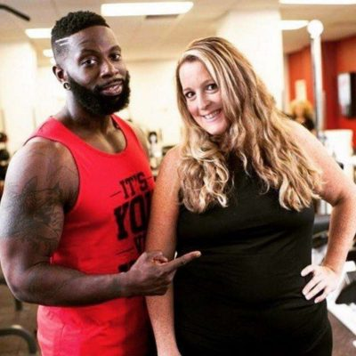 Entrenador sube de peso por su cliente