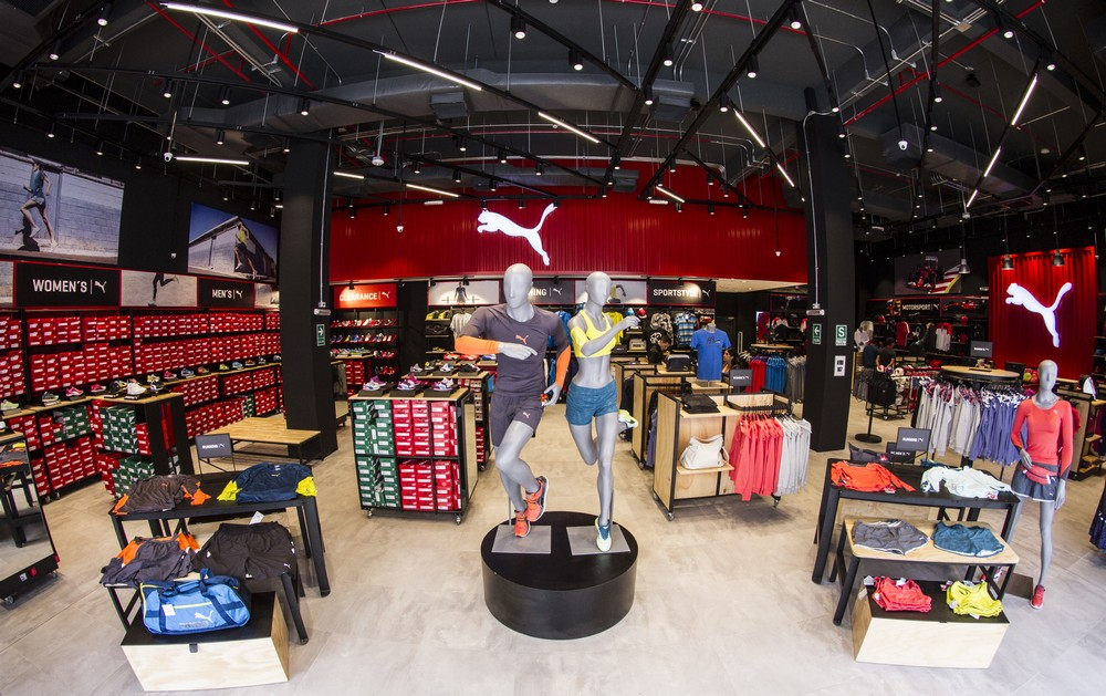 puma inaugura outlet en centro comercial in outlet premium