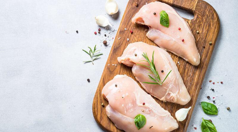 4 Beneficios de comer pechuga de pollo